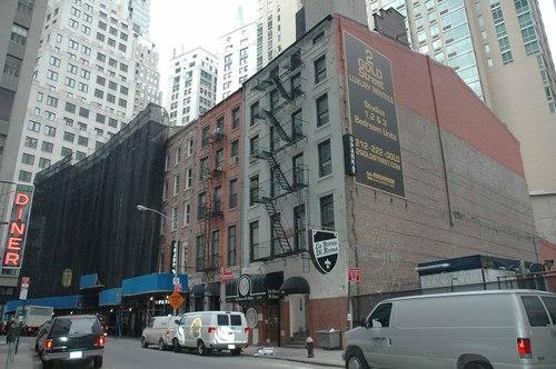 211-215 Pearl Street